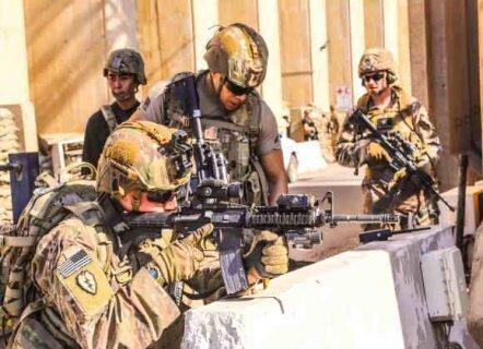ترامپ: برجسته ترین نظامیان را با کشنده ترین سازوبرگ جنگی به سفارت آمریکا در بغداد گسیل کردیم