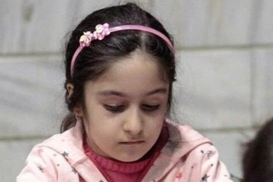 از خودگذشتگی دختر 7 ساله شطرنجباز ایرانی خبرساز شد (عکس)