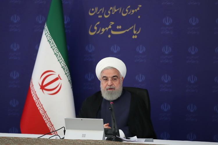 روحانی: سود وام یک میلیون تومانی حذف شد