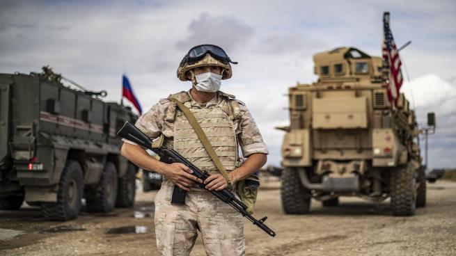 تقابل نیروهای گشت آمریکا و روسیه در شمال غرب سوریه